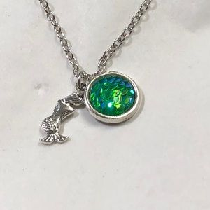 Round green mermaid scale necklace
